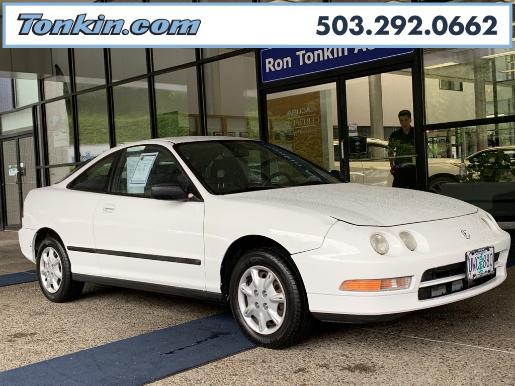 Pre-Owned 1996 Acura Integra RS