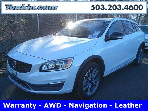 Pre-Owned 2018 Volvo V60 Cross Country T5